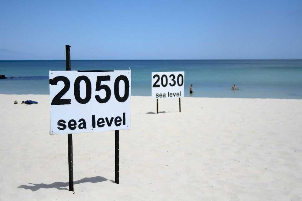 Наглядный пример того, как поднимется уровень мирового океана, если загрязнение атмосферы продолжится такими же темпами