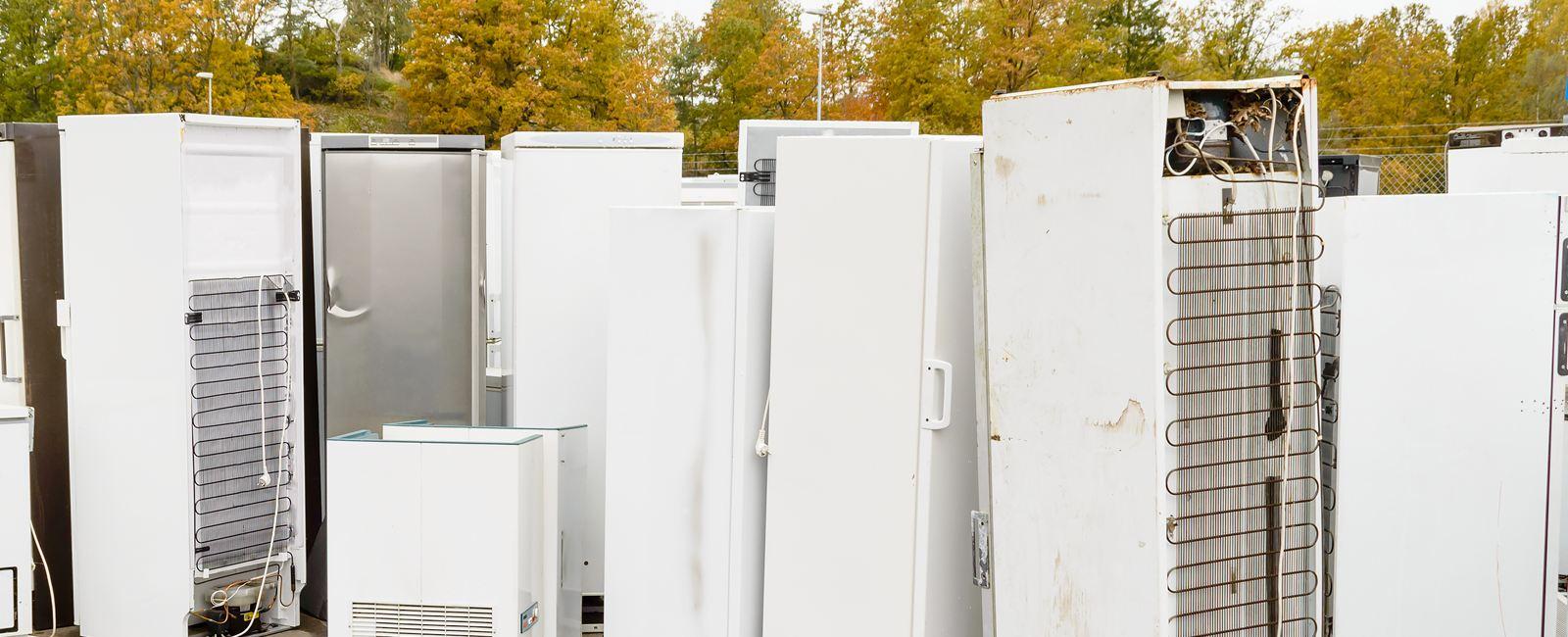 Как разобрать и сдать холодильник на металлолом?