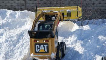 Услуги по вывозу снега: цена, нужна ли лицензия, договор